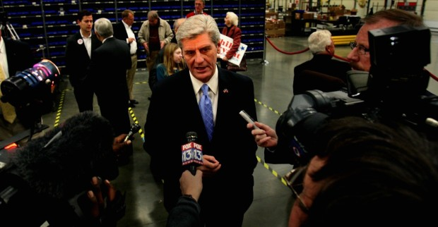 Jan. 3, 2011 - Hernando, MS, U.S. - m4bryant -----DESOTO SECONDARY----- January 3, 2011 - Lt. Governor Phil Bryant announces his candidacy for Governor of Mississippi during a stop in Southaven.(Credit Image: © Stan Carroll/The Commercial Appeal/ZUMAPRESS.com)