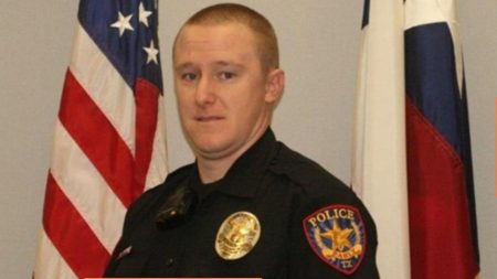 Sgt.-Steven-Means-of-Early-TX-Police-Dept-450x253
